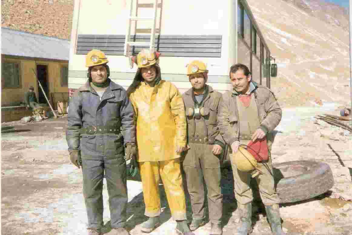 mineros en cordillera de pelambres